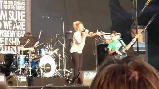 Selah Sue - This World -- Live At Lokerse Feesten 01-08-2011