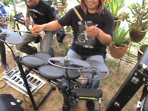 Usang -  Rahim Maarof cover by Live Band COBRA