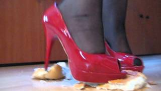 High Heels crush Bread smash crush