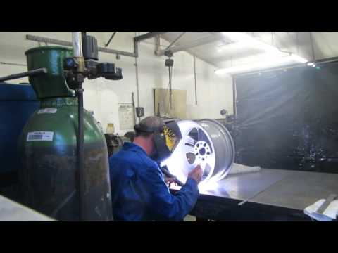 How to weld alloys. Welding cracked alloy wheel. part1