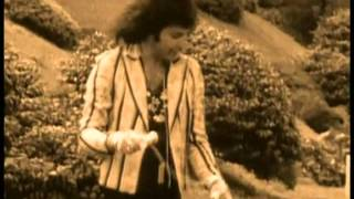 Freddie Mercury - The Untold Story (2000) part 12,good