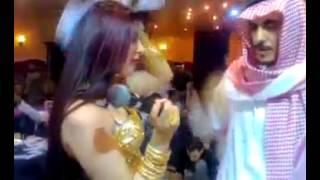 Mari Umar Kunwari Mera Dil Ha Kunwara | Dubai Show