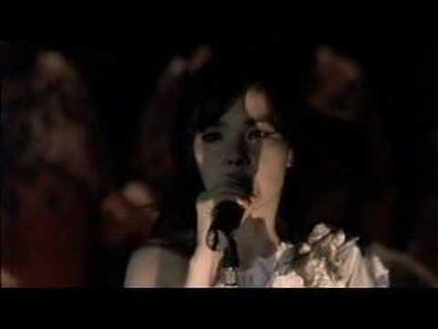 Björk  All is Full of Love  @ ROYAL OPERA HOUSE
