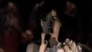 Björk - All is Full of Love (LIVE @ ROYAL OPERA HOUSE)