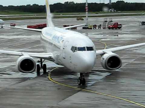 AeroSvit VV259 Kiew/BP-Hamburg Parking at Gate 20