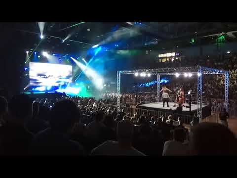 Minoru Suzuki entrance - NJPW Australia 2018 - Sydney