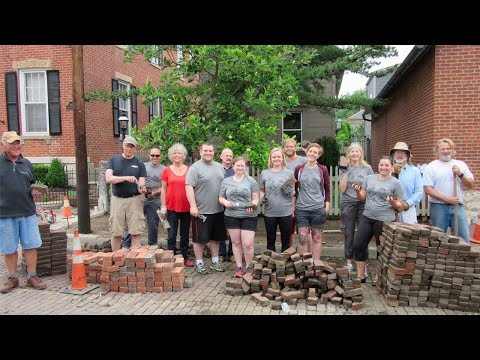 Columbus Neighborhoods: Renovating Columbus