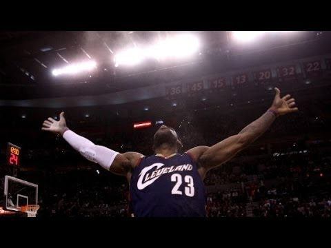 'King James' returns, Cleveland rejoices