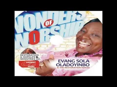 Praise Medley - Sola Oladoyinbo