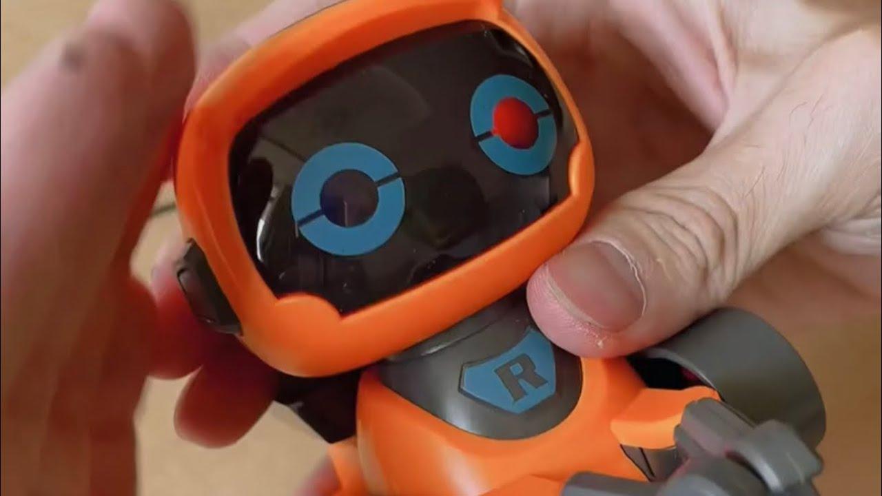 Robot Cảm Ứng Thông Minh Chạy Theo Đường Vẽ