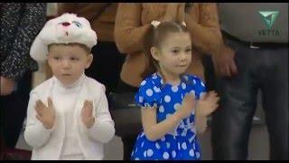 В Перми проходят детские новогодние спектакли(Еще больше новостей на нашем сайте - http://vetta.tv/ Добавляйтесь в друзья Вконтакте - http://vk.com/t.vetta., 2015-12-29T07:41:09.000Z)