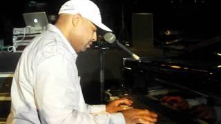 """Frank McComb : """"Medley Donny Hathaway"""" Jazzbonne Festival 2013"""