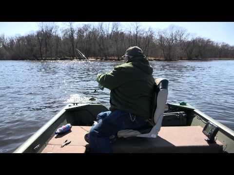 Fishing Wisconsin River for Walleye and White Bass