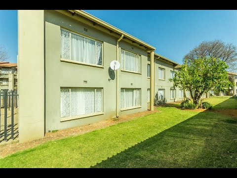 2 Bedroom Apartment for sale in Gauteng | Johannesburg | Roodepoort | Florida | 25 22 A |