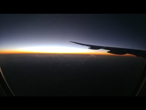 Qatar Airways Boeing 777-300ER DXB-DOH-CPT trip report