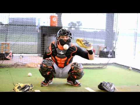 Beliebte Videos – Catcher und Baseballhandschuh