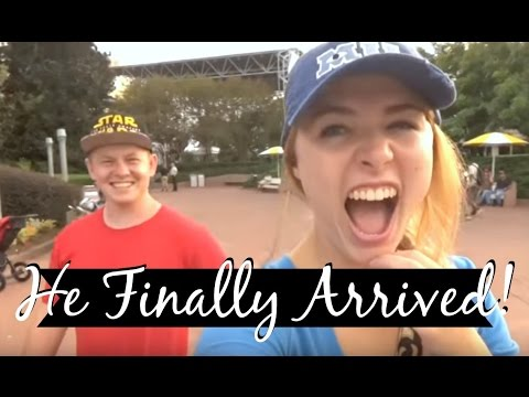 HE MADE IT! Quick Trip to Epcot | DCP FA 2016