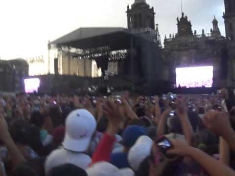 3Ball Mty -Inténtalo en el Zócalo de México (Justin Bieber) 11-Junio-2012 ;P