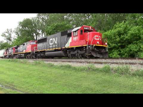 IC SB freight at Henning, TN