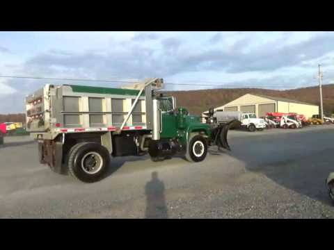 1992 Mack RD690P Single Axle Dump Truck Snow Plow Salt Spreader For Sale