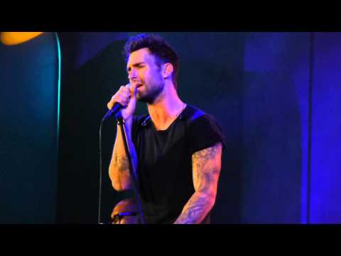 "Maroon 5 Adam Levine ""Payphone"" Live Acoustic at CES 2013"