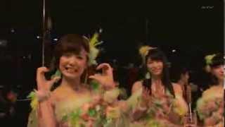 FNS歌謡祭2013で、テレビに映って手を振る宮澤佐江ちゃんが、気志團の綾...