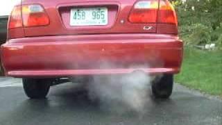 Honda Civic engine rev -Tailpipe view