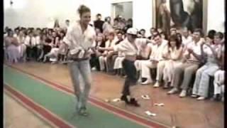 Обучение танцам. Видео. ча-ча-ча.(Показательные выступления Юли и Антона., 2010-05-16T14:07:22.000Z)
