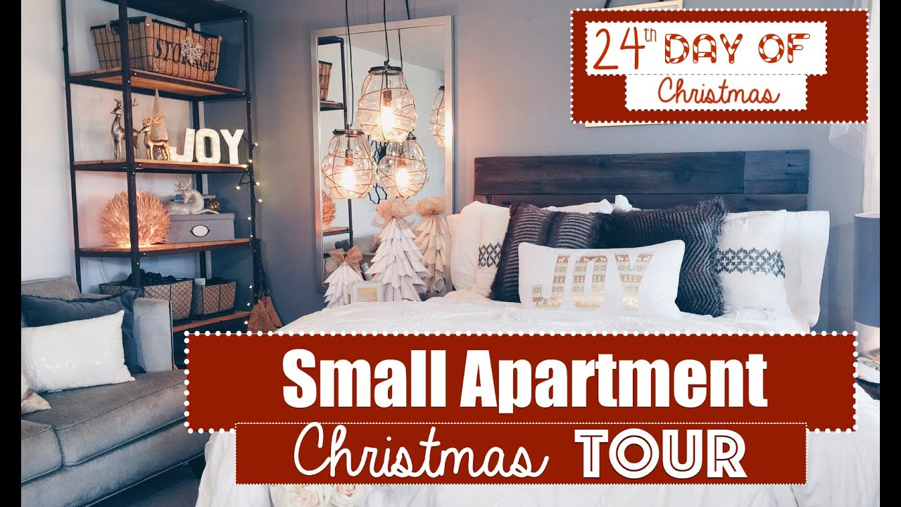Small apartment christmas decorating 2015 tour 24th day Holiday apartment decorating ideas