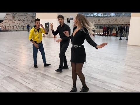 2020 Лезгинка Чеченская В Москве Русская Девушка Танцует Бомба 2020 Lezginka ALISHKA KOLOMIJ RUSLAN