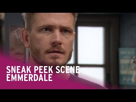 Emmerdale spoilers: David tells Tracy a big lie - watch the new scene