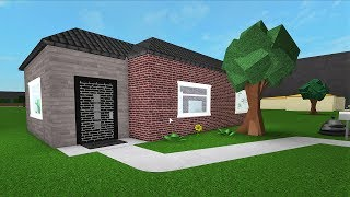 Upgrading 'The New Starter House' ! #Roblox - Bloxburg (6k)