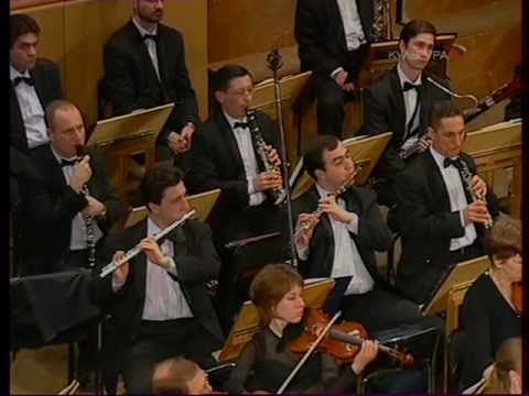 Vladimir Krainev plays Chopin Concerto No.2