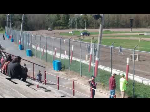 DRIVESHAFT BROKE IN HALF: Utica Rome Speedway Truck drag Part 4
