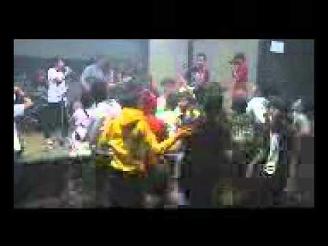 Adventure Ailen - Hilang live at KNPI Cibinong.mp4