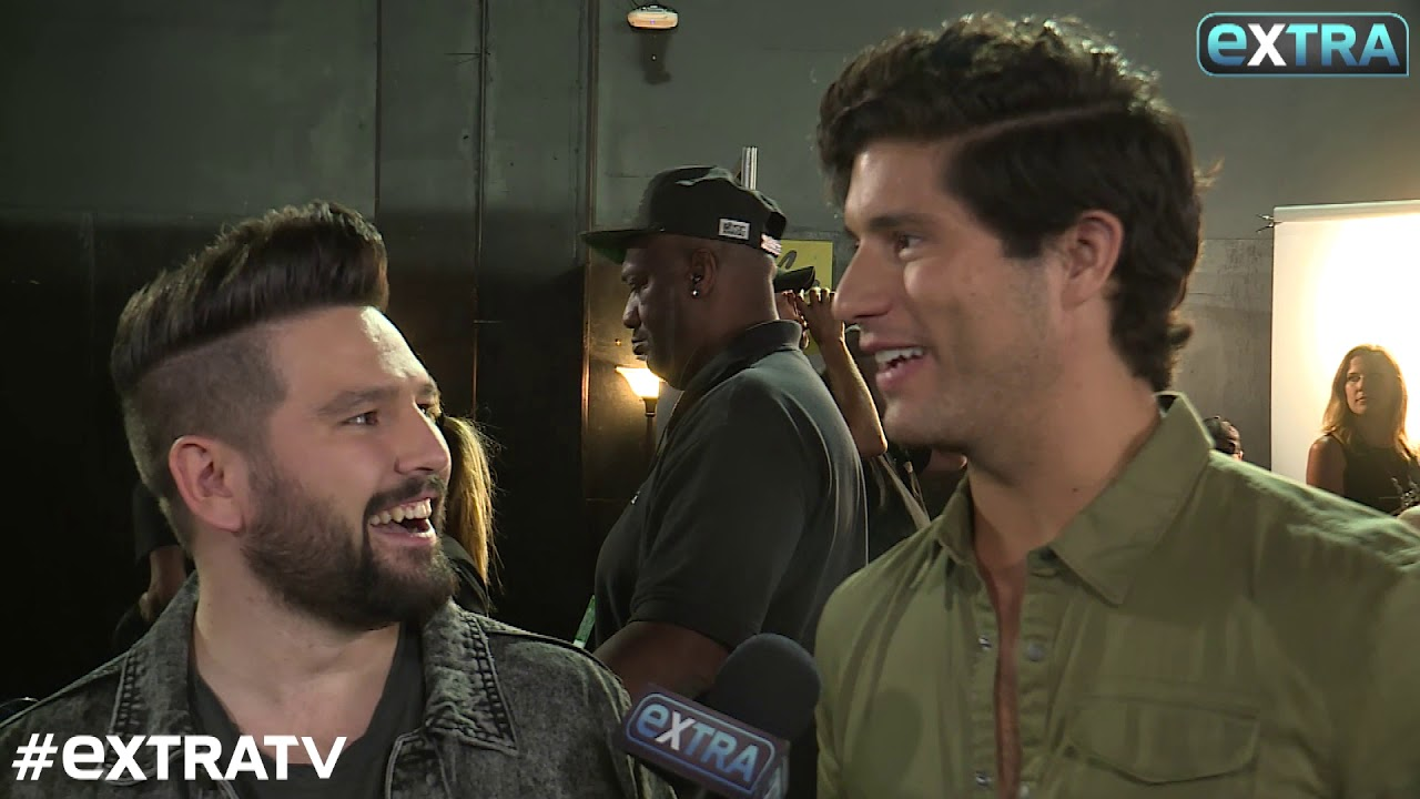 Dan + Shay 'Had a Moment' With Blake Shelton During Their CMA ...