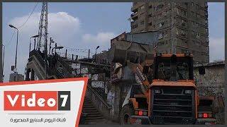 بالفيديو.. مدير أمن الجيزة يقود حملة إزالة الإشغالات بميدان ناهيا فى غياب المحليات