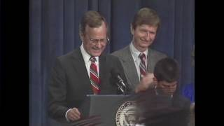 George H. W. Bush 1988 Presidential victory speech [FULL VIDEO]