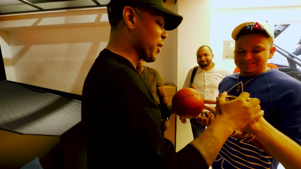 DJ TOPO PIERDE TODAS SUS PRENDAS EN JUEGO DE BASKET CON SANTIAGO MATIAS (ALOFOKE RADIO BACKSTAGE)