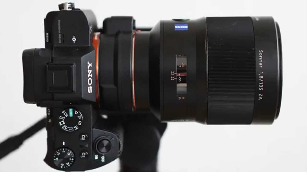 sony a7 ii with 135mm f1 8 zeiss lens youtube. Black Bedroom Furniture Sets. Home Design Ideas