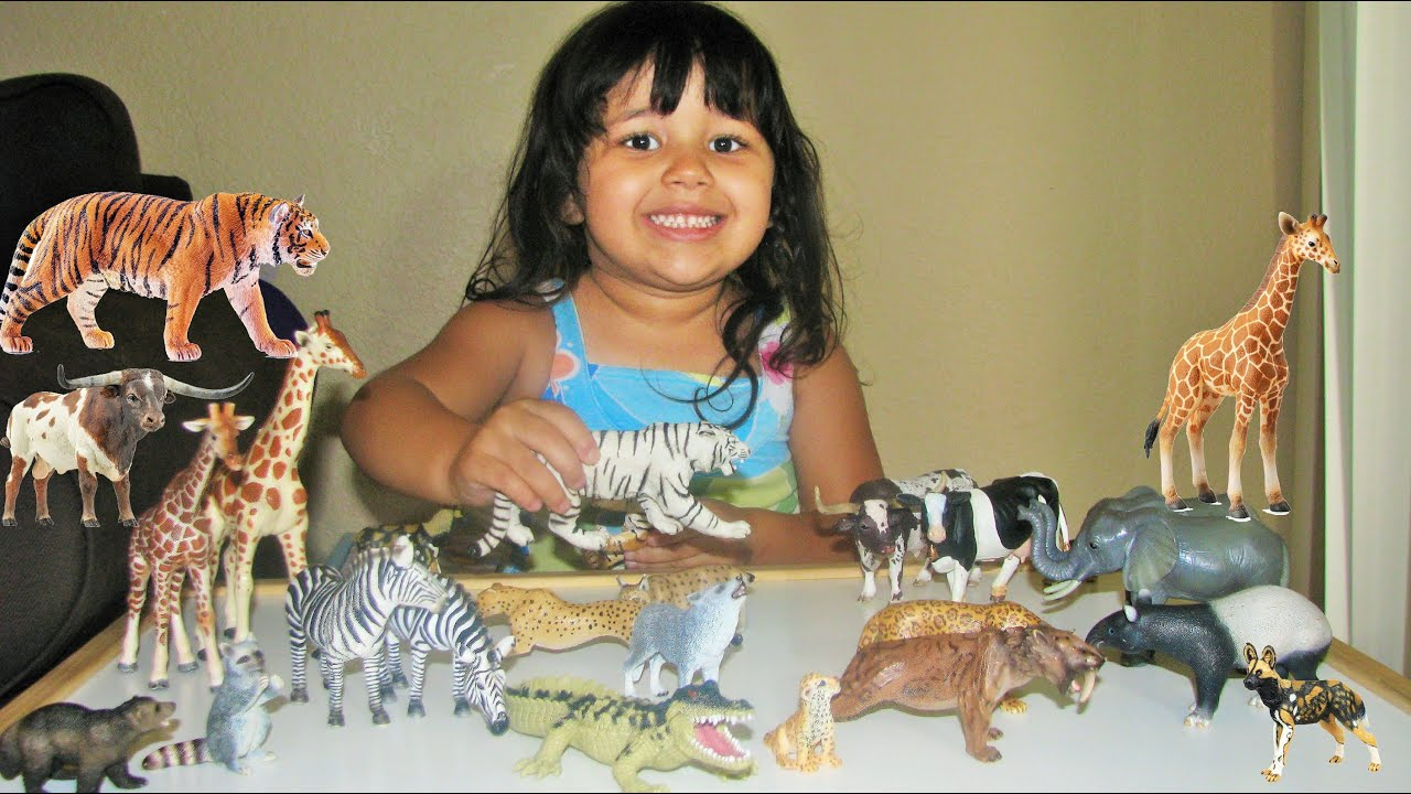 Schleich Safari My 3 Year Old Daughter Gets 22 Animal Toys To Her