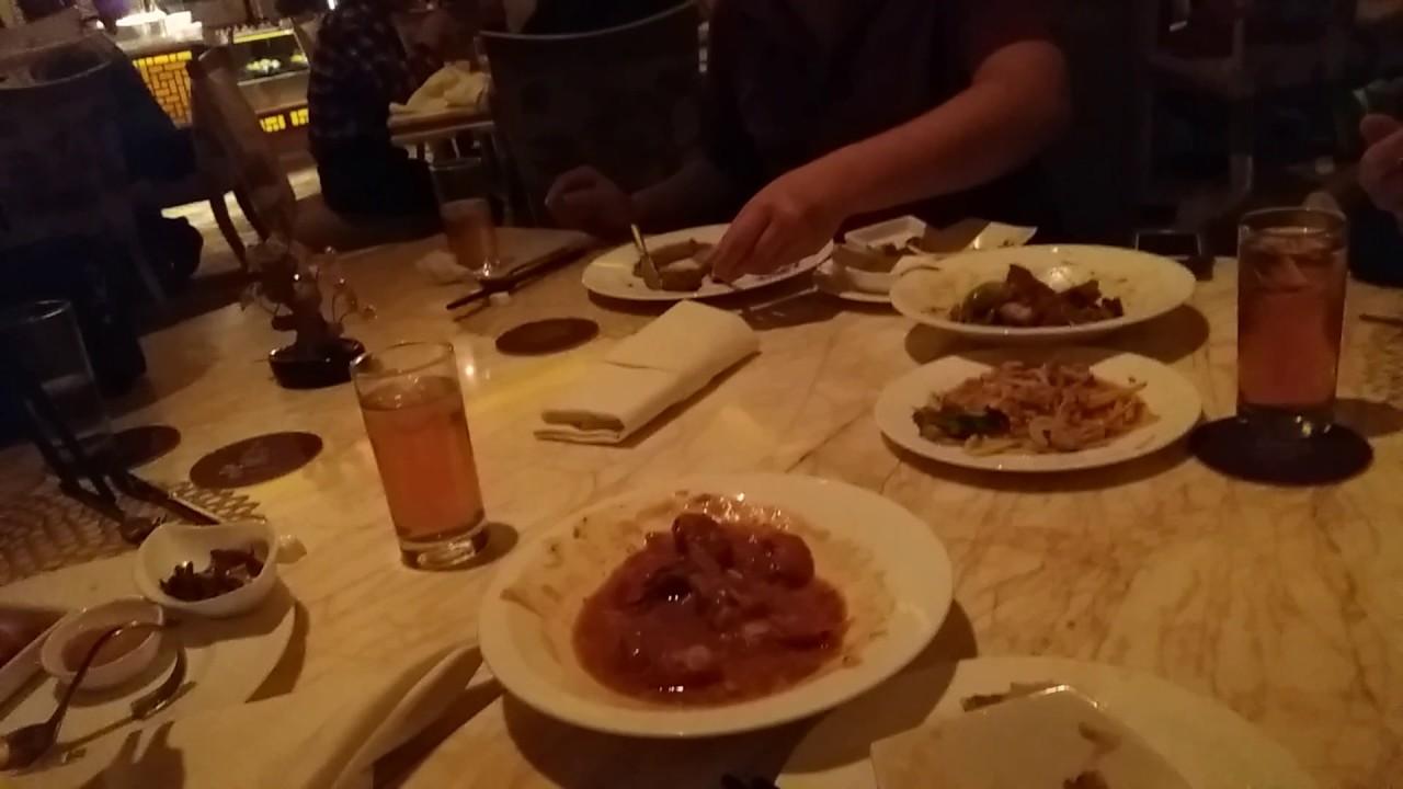Makan Malam Bersama Di Table 8 Hotel Mulia Senayan Jakarta Youtube
