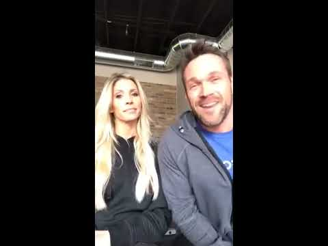 LIVE Q&A w/ Heidi & Chris Powell: Transformation and New Year's Resolutions Questions Answered!