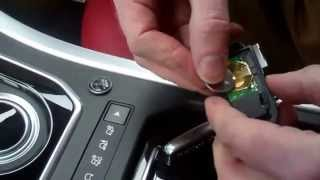 How to change the remote keyfob battery on Range Rover Evoque(, 2015-01-21T19:28:43.000Z)