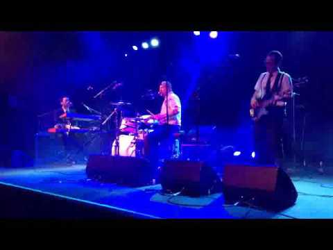 Tortured Soul 'Fall In Love' live at Brooklyn Bowl