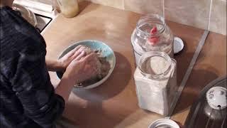 Выпечка хлеба из цельзерновой муки на закваске