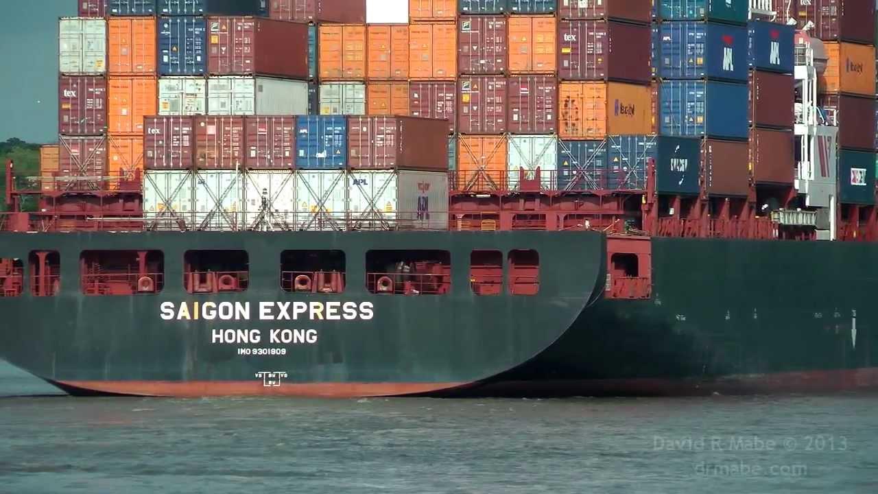 SAIGON EXPRESS Container ship in Savannah GA 7/27/13