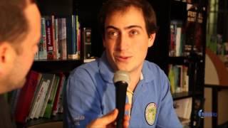 Nicolas Auber, tour du monde Micro-Crédit en 4L, par ABM TV