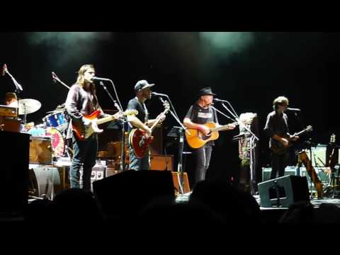Neil Young & POTR 2016-09-18 Outlaw Music Festival Scranton PA