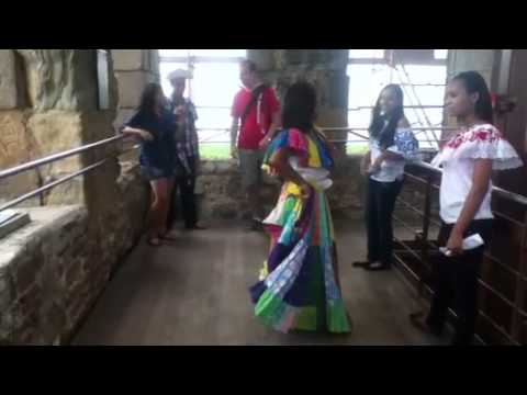 Private dance in Panama Viejo
